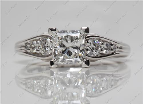 Platinum 1.07 Princess cut Engagement Ring With Sidestones