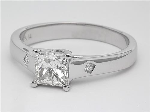 White Gold 0.96 Princess cut Diamond Ring