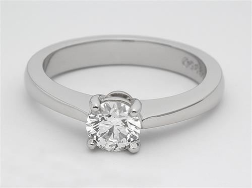 Platinum 0.40 Round cut Diamond Solitaire Engagement Ring