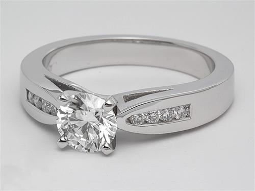 Platinum 0.71 Round cut Engagement Ring Side Stones