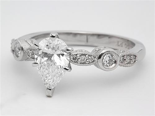 Platinum 1.01 Pear shaped Engagement Rings With Side Stones