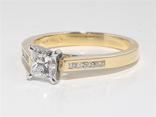 Gold 0.77 Princess cut Engagement Rings