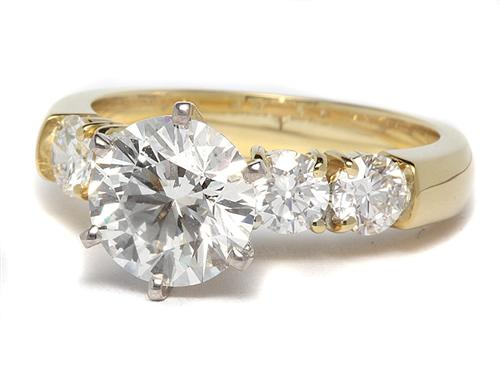 Gold 1.51 Round cut Diamond Rings With Side Stones