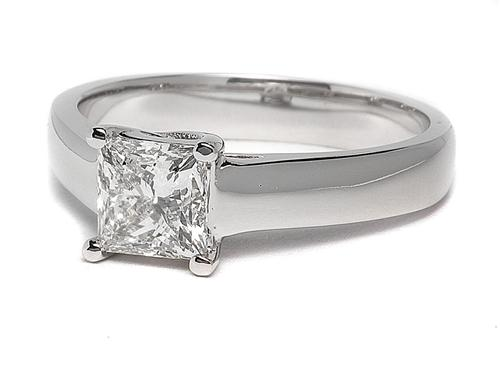 White Gold 1.01 Princess cut Round Solitaire Ring