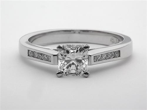 White Gold 0.88 Radiant cut Engagement Rings