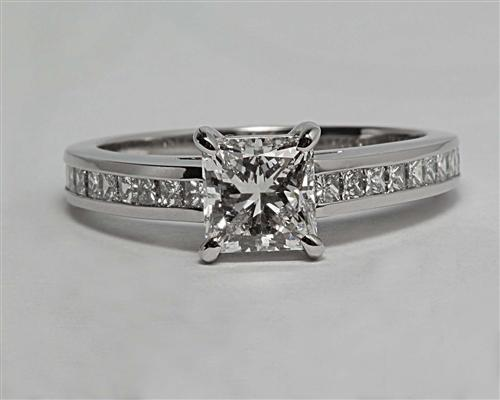 Platinum 0.98 Princess cut Engagement Rings With Sidestones
