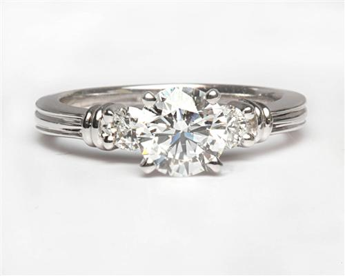 White Gold 0.90 Round cut Diamond Ring With Side Stones