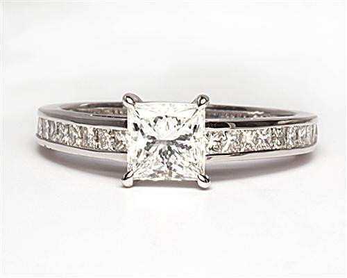 White Gold 0.85 Princess cut Diamond Ring With Sidestones