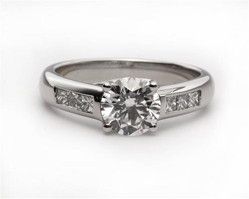 Platinum 1.26 Round cut Engagement Ring With Sidestones