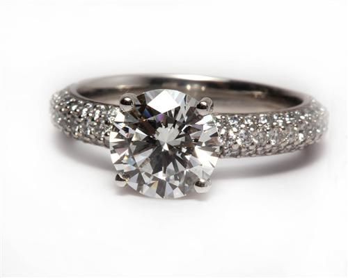 Platinum 1.91 Round cut Pave Ring Setting