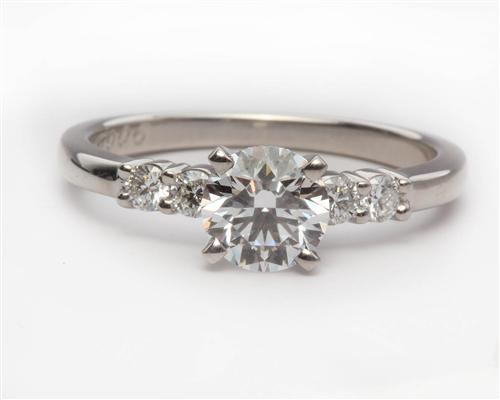 Platinum 0.84 Round cut Diamond Ring