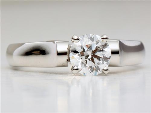Platinum 0.91 Round cut Solitaire Diamond Rings