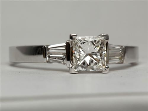 White Gold 1.06 Princess cut Diamond Ring