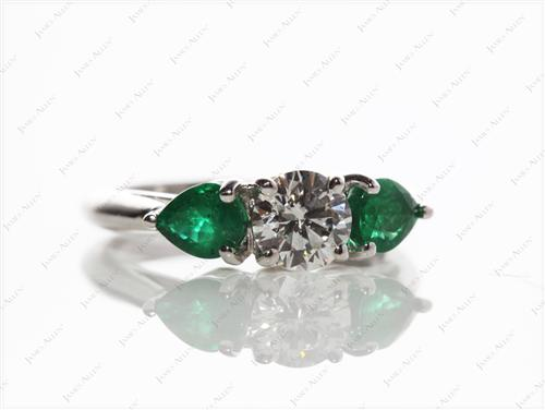 White Gold 0.52 Round cut Gemstone Ring