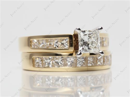 Gold 0.52 Princess cut Diamond Wedding Sets