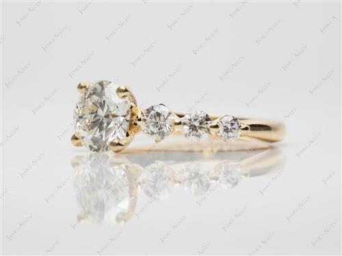Gold 1.31 Round cut Sidestone Engagement Ring