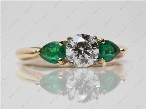 Gold 0.71 Round cut Gem Stone Engagement Ring
