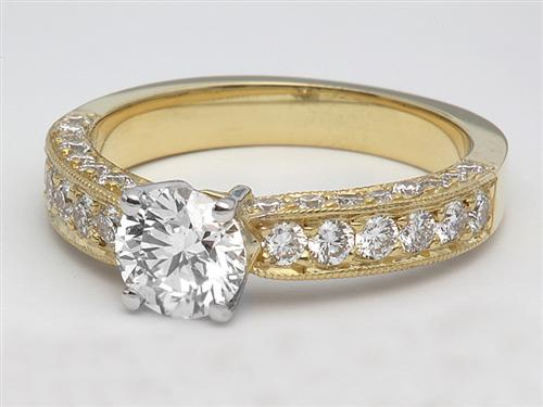 Gold 0.57 Round cut Engagement Ring