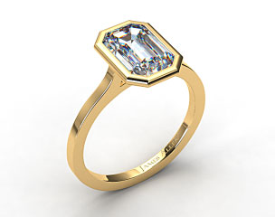 18k Yellow Gold Bezel Solitaire Engagement Ring (Emerald Center)
